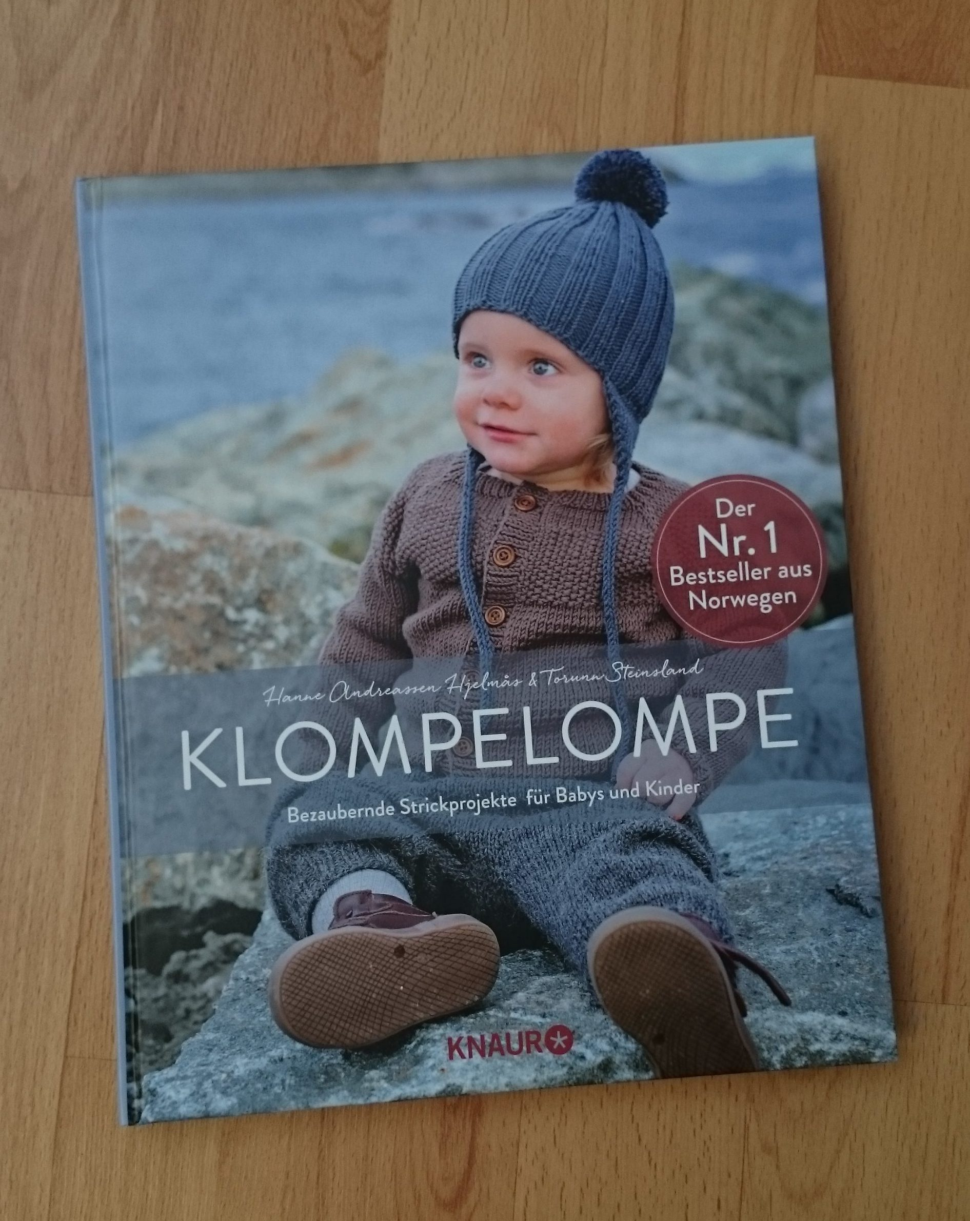 Buch-Review: KlompeLOMPE - MissKnitness