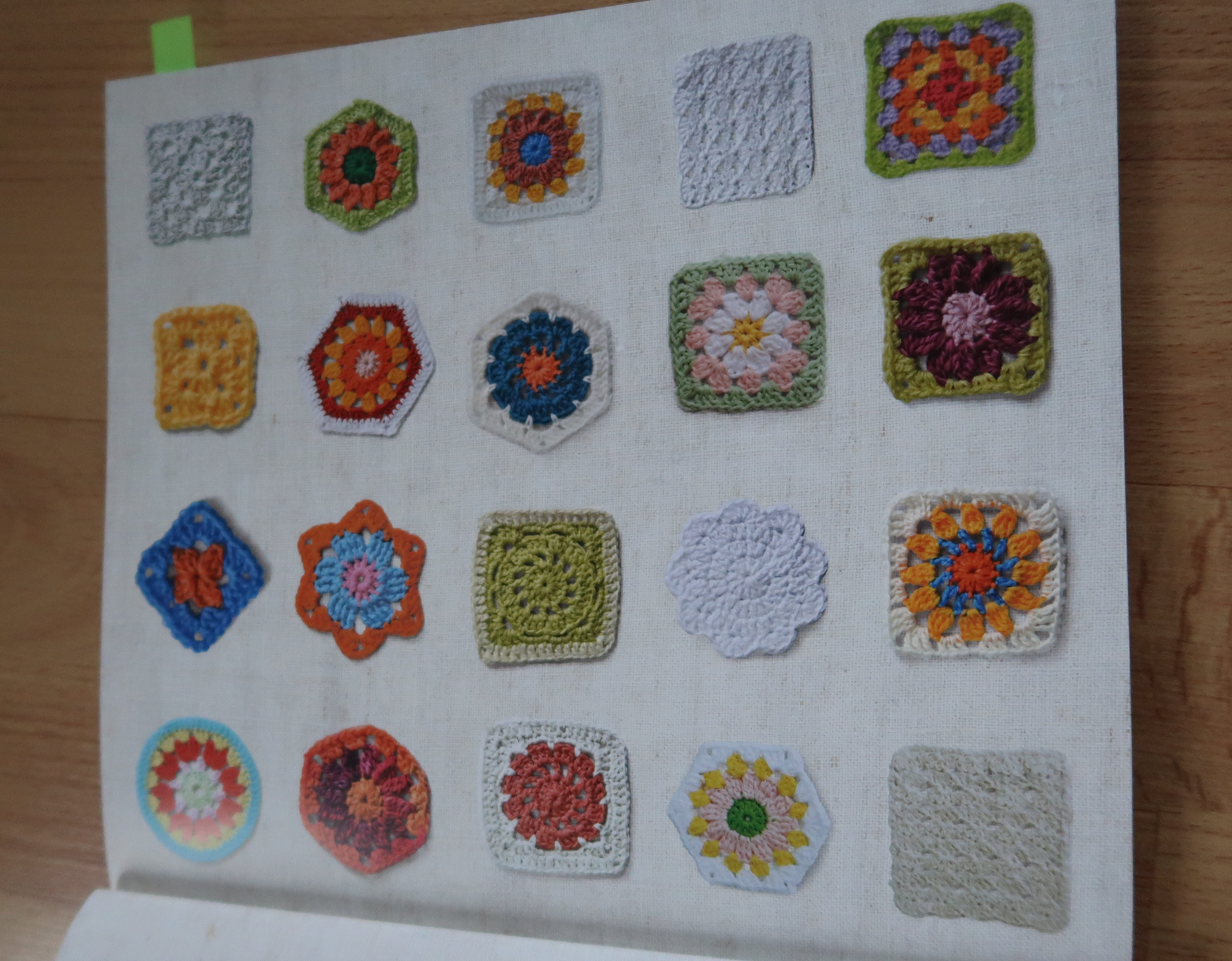 Buch-Review: Granny Squares - MissKnitness
