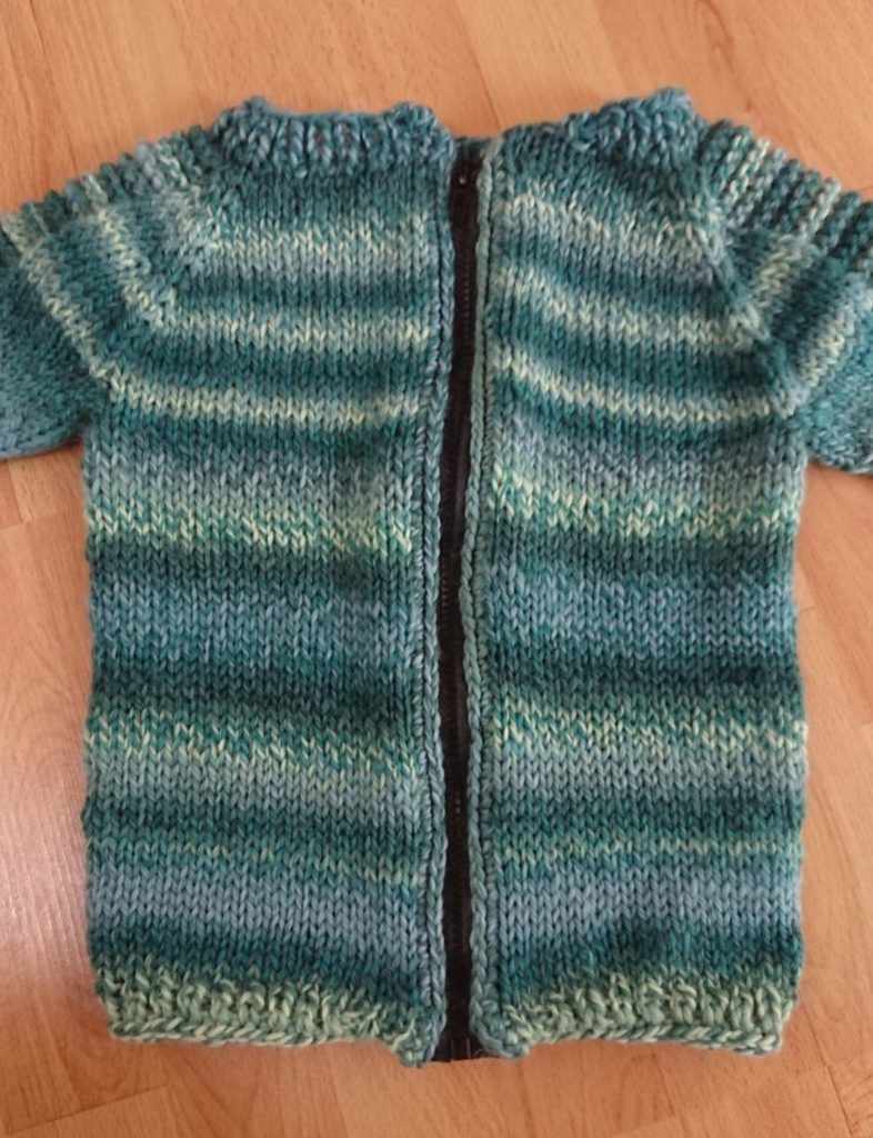 Strickjacke steeken