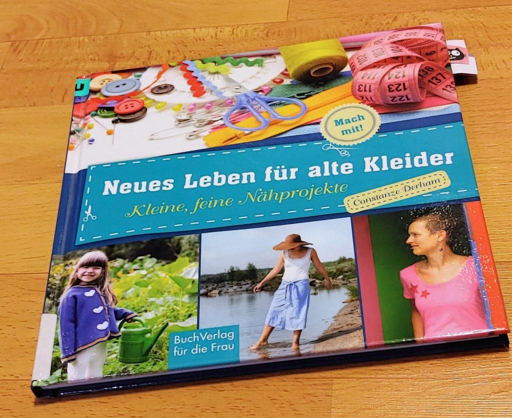 Buch: Neues Leben für alte Kleider